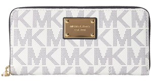 Michael Kors Zip Around Continental Logo White / Navy Clutch