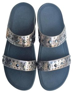 FitFlop Thong Slip-on Pewter Sandals