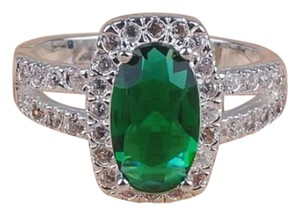 New Emerald sterling silver Ring
