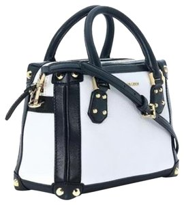 Michael Kors Taryn Medium Boxy Satchel in Black and White