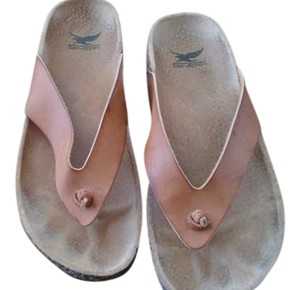 Shiekh Tan Sandals