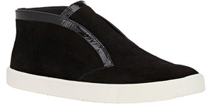 Vince Sleek Edgy Suede Black Athletic