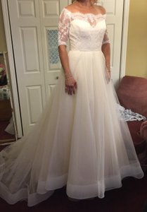 Will Enter Thursday Wedding Dress