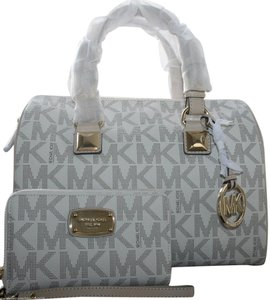 Michael Kors Grayson Dual Carry Handles Strap Wallet Included Satchel in Signature Vanilla