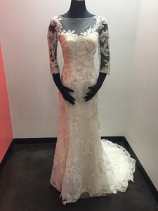 Maggie Sottero Vivyana Wedding Dress