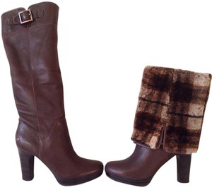 UGG Australia Pebbled Leather Brown Boots