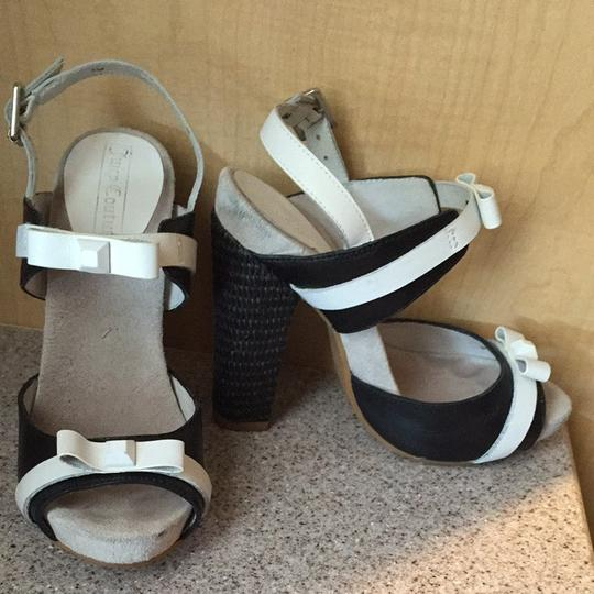 Juicy Couture Black and White Sandals