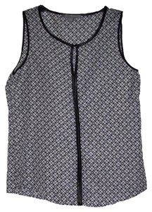 New York & Company Sleeveless Faux-leather Accents Alluring Keyhole Unlined Front Button Top Black/White