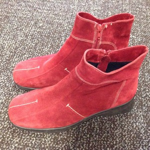 C La Canadienne Suede Waterproof Ankle Red Boots