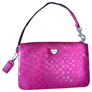 Coach Wallet Patent Leather Wristlet in Pink
