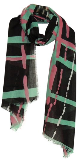 Preload https://item2.tradesy.com/images/other-new-printed-paris-yarn-grid-scarf-scarf-p206021-1839581-0-0.jpg?width=440&height=440