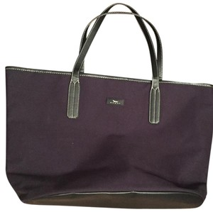 Scout Tote in Navy Blue