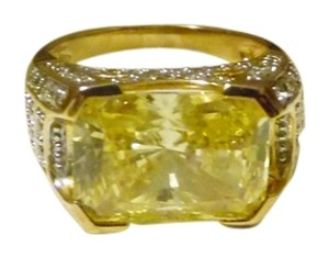 Victoria Wieck Victoria Wieck of Beverly Hills Absolute Rectangular Cut Canary Ring Size 8