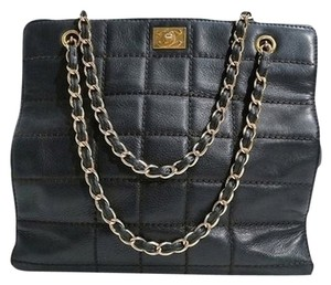 Chanel Leather Quilted Chain Tote Handbag Shoulder Bag
