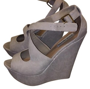 Steve Madden Bone Wedges