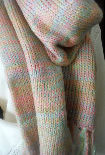 Forever 21 NWT Long neon pastel multicolor knit scarf