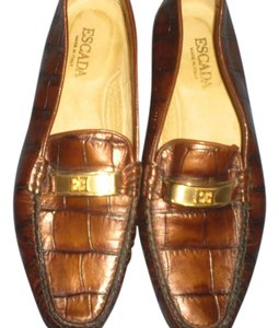 Escada brown Flats
