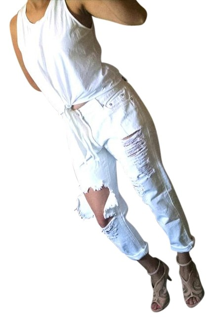 Item - White Distressed Boyfriend Cut Jeans Size 32 (8, M)