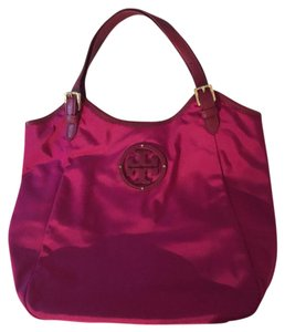 Tory Burch Tote in Fuschia