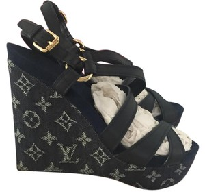 Louis Vuitton Dark blue Wedges