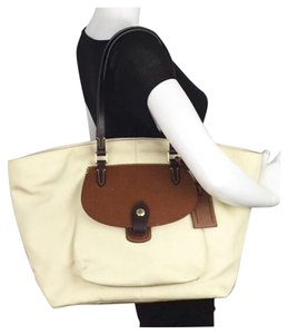 Dooney & Bourke Tote in Cream
