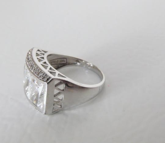 Victoria Wieck Victoria Wieck Absolute Diamond Ice Cube Ring Size 7