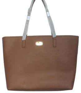 Michael Kors Saffiano New With Tags Oversized Tote in Luggage