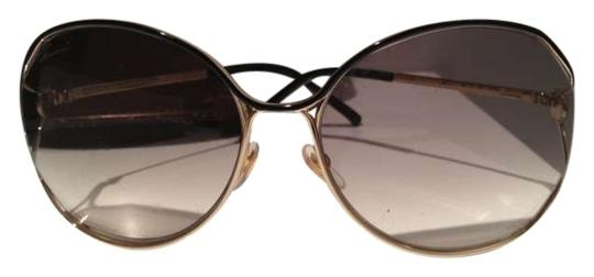Preload https://item1.tradesy.com/images/gucci-gold-and-black-frame-grey-gradient-lens-womens-2846s-oversized-round-sunglasses-184140-0-0.jpg?width=440&height=440