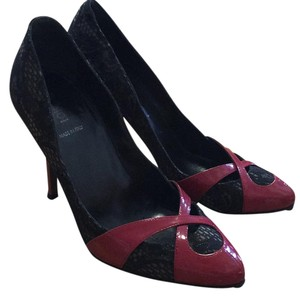 Fendi Balck and maroon Pumps
