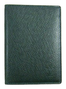 Louis Vuitton Taiga Leather Wallet Passport Cover