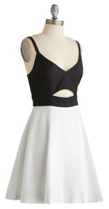 BB Dakota short dress Black, White New Midi White Black on Tradesy