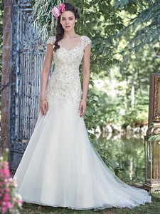 Maggie Sottero Ivory/Silver Tulle Ladonna Traditional Wedding Dress Size 16 (XL, Plus 0x)