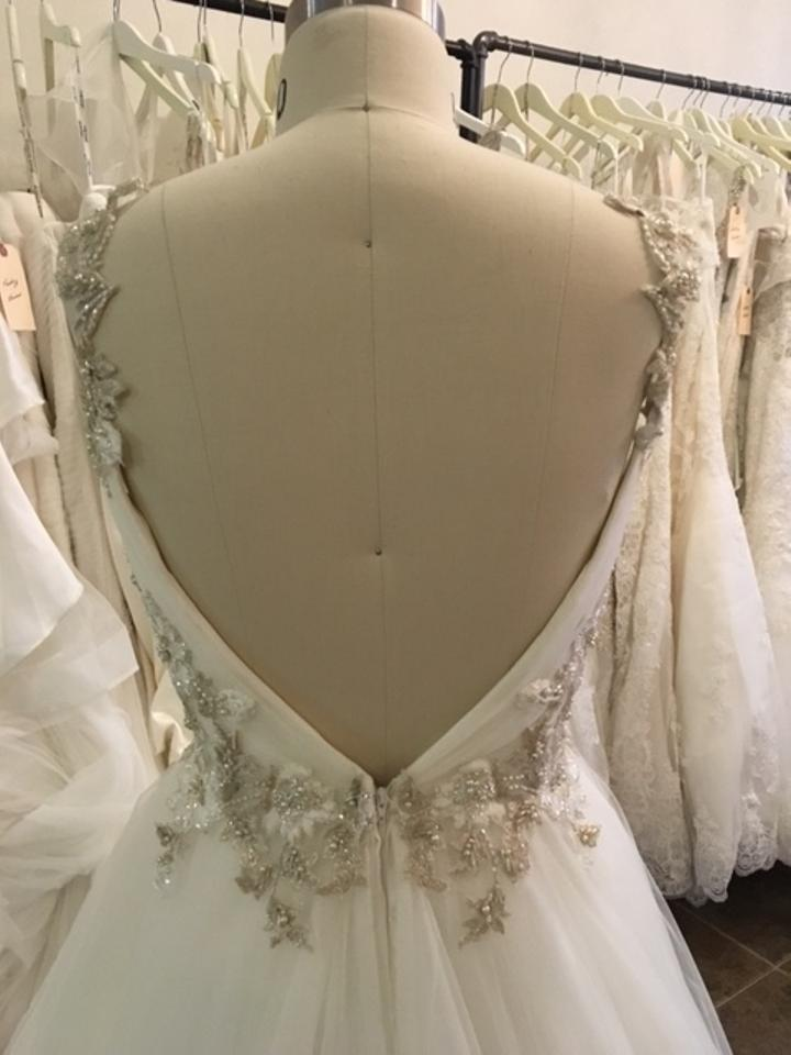 Maggie sottero shelby wedding dress on sale 41 off for Best way to sell used wedding dress