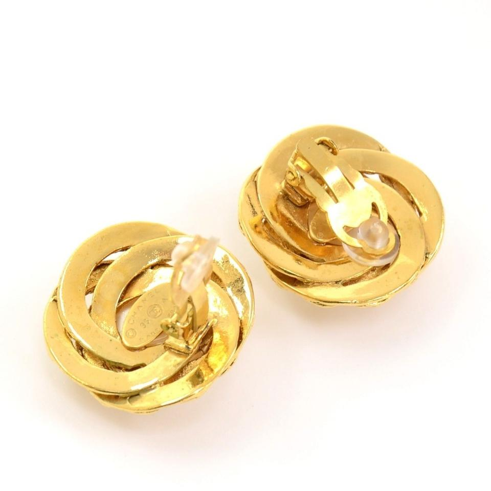 Chanel Vintage Cc Pearl & Gold Tone Clip On Earrings