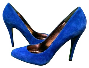 Charles by Charles David Suede Pompadour blue Pumps