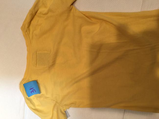 Abercrombie & Fitch Women's Tee T Shirt Yellow