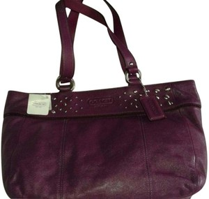Coach Studs Leather Gm/eg 885135281315 Tote in Purple- Eggplant