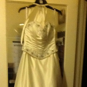 Mary's Bridal Wedding Dress