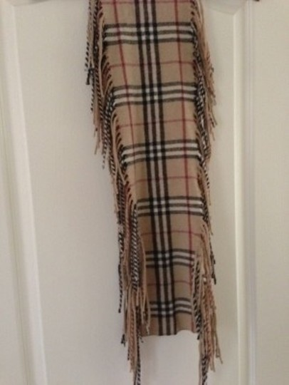 Preload https://item3.tradesy.com/images/burberry-classic-tan-and-black-check-cashmere-fringe-scarfwrap-18427-0-0.jpg?width=440&height=440