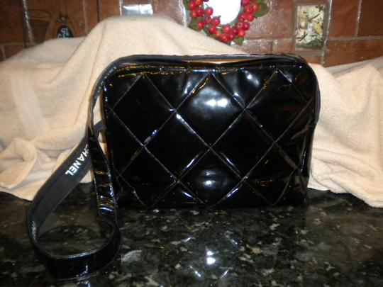 Chanel Vintage Unique Patent Leather Long Strap black Messenger Bag