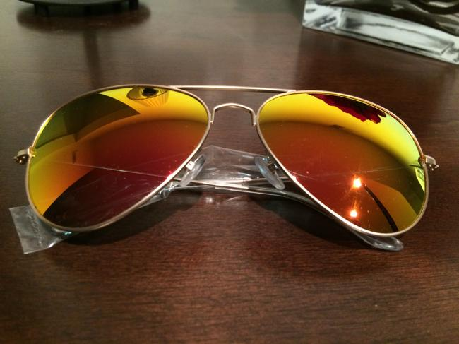 Item - Mirrored Yellow Unisex James Red Sunglasses