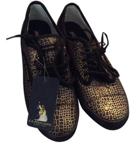 U.S. Polo Association Flat Sneakers Rubber Soles Black and Gold Athletic