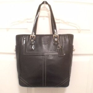 Coach Leather Patent Leather Handbag Tote in Black