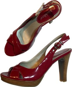 Madeline Stuart Red Pumps