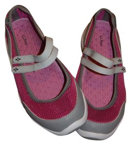 L.L.Bean Pink, Grey, and white Athletic