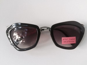Betsey Johnson NEW W/TAG - Unique Cat Eye w/sleek silver-tone arms