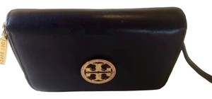 Tory Burch Tory Burch Black Leather Zip Around Coin Case