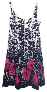 Nine West Knee-length Floral Pop Monochrome Boning Dress