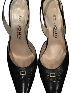 St. John Black Pumps