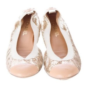 Chanel Cuanep Gold Flats